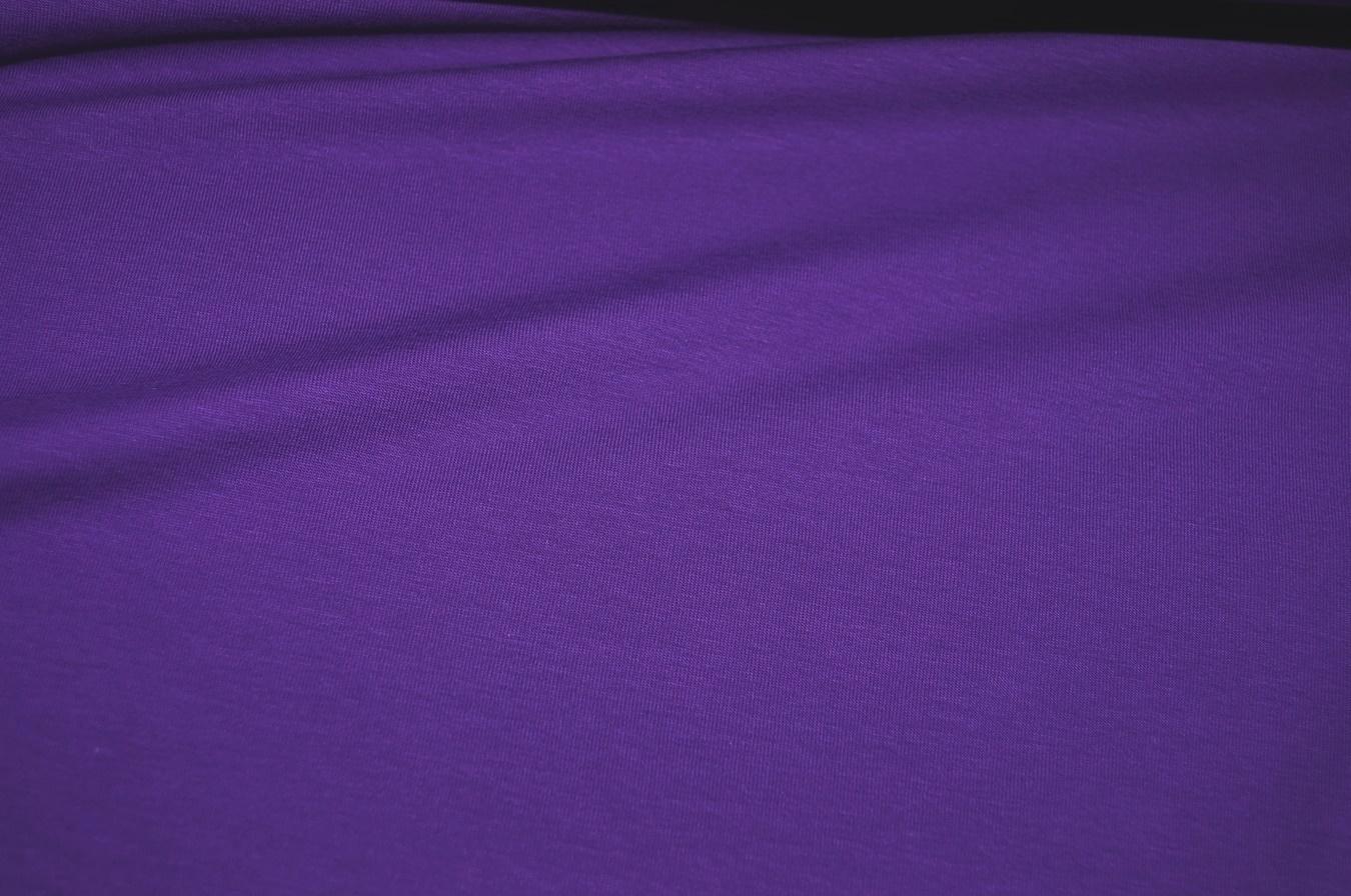 berbreite stoffe online kaufen xxl viskose jersey stoff lila. Black Bedroom Furniture Sets. Home Design Ideas