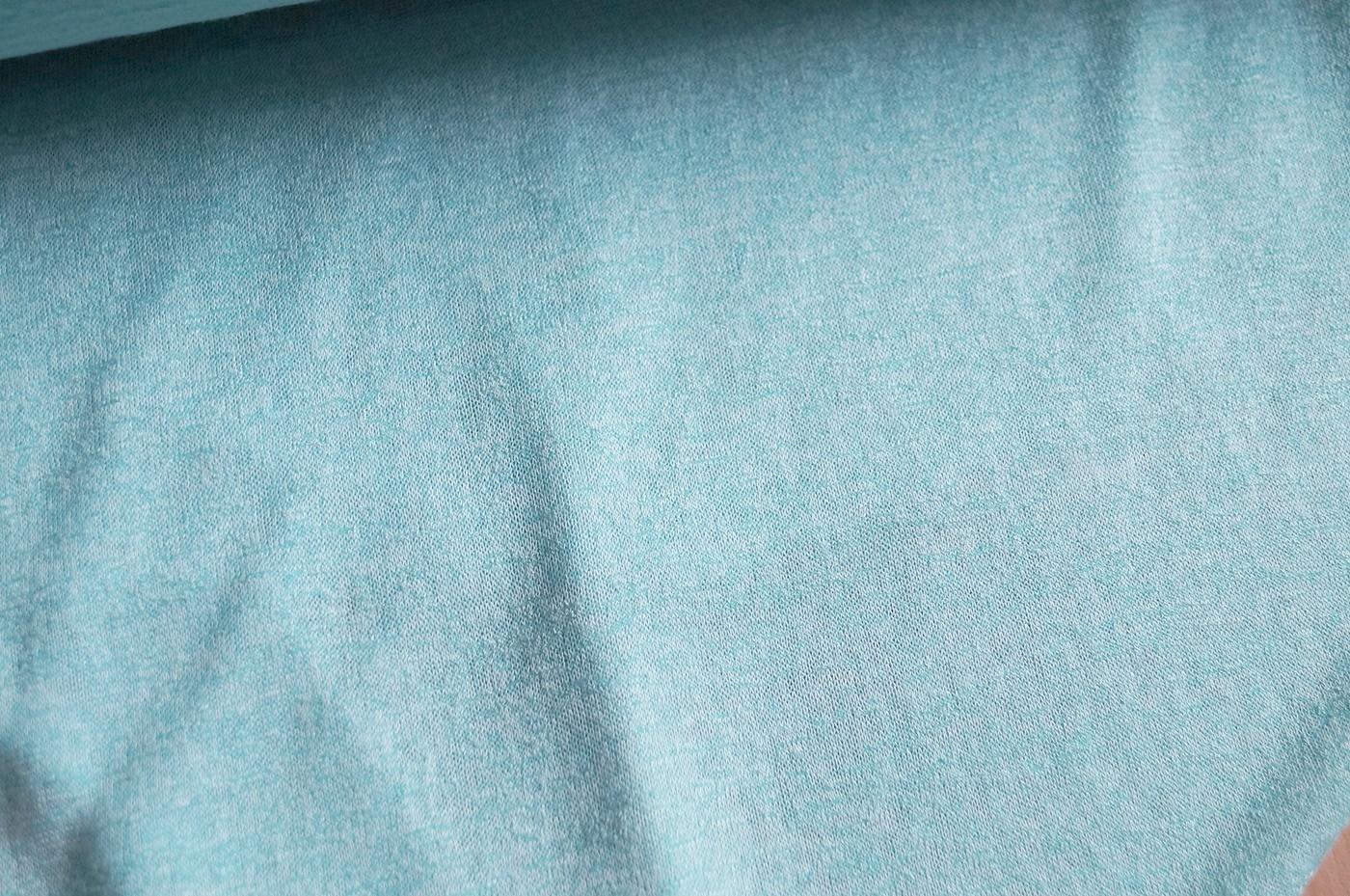 online stoffe kaufen feinstrick stoff hellblau meliert. Black Bedroom Furniture Sets. Home Design Ideas