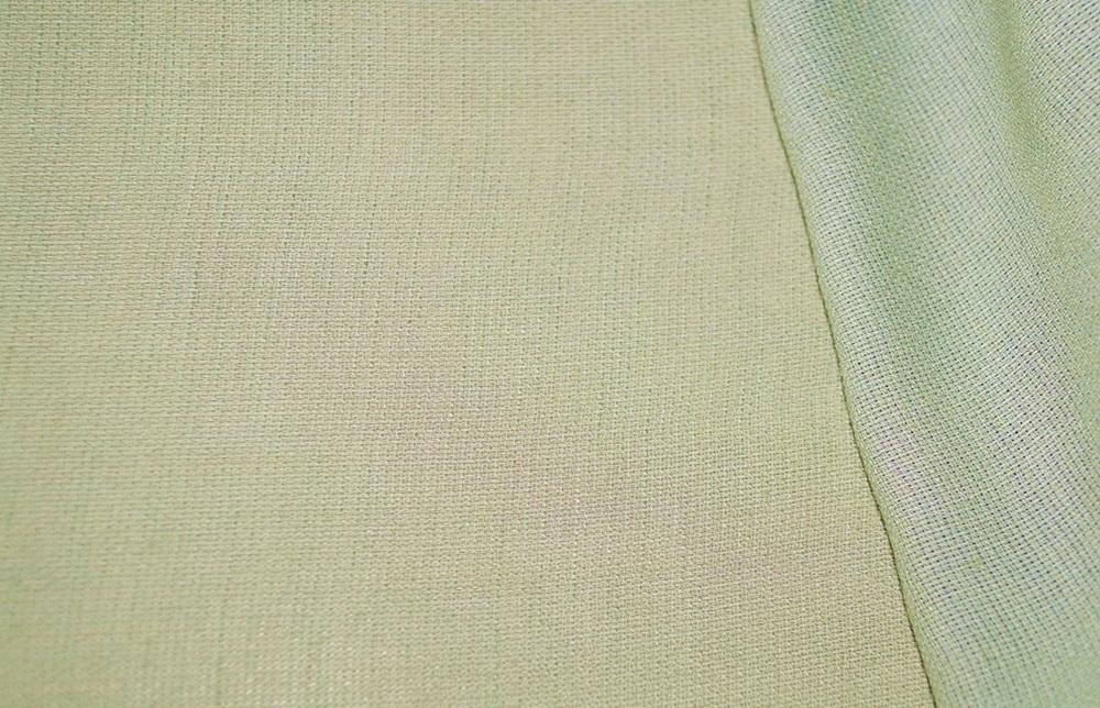 stoffe online kaufen kleiderstoff viskose blass gr n. Black Bedroom Furniture Sets. Home Design Ideas